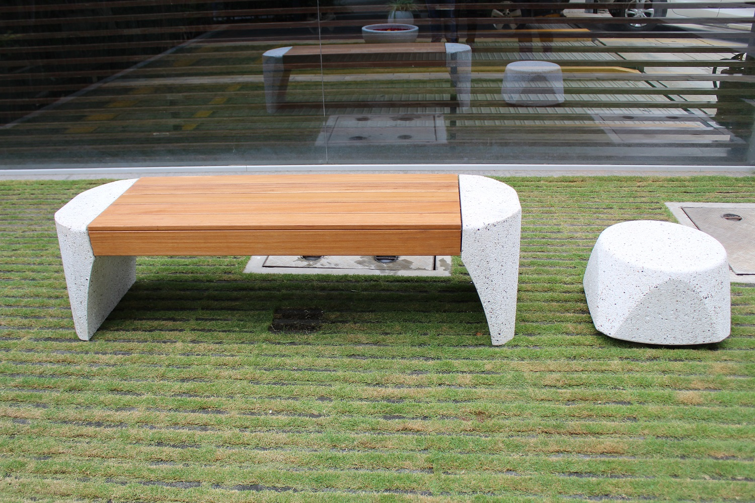 Precast Bench and Side Table (Bollard)